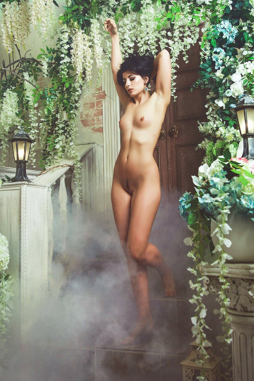 Sexy naked girl. Hot Sexy Naked Girls pics